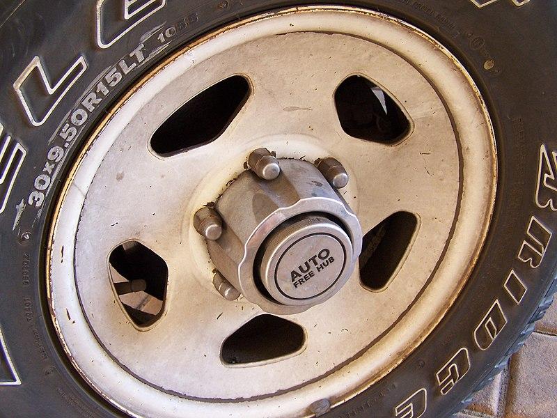 manual hubs stuck
