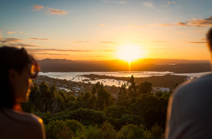 entertainment guide sunshine coast