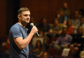 gary vaynerchuk the thank you economy pdf
